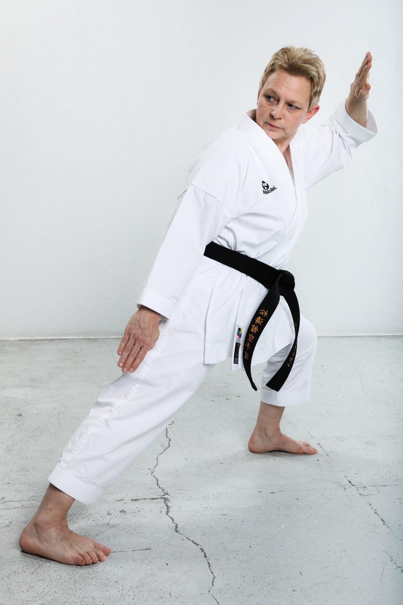 Karate Trainerin Heike Heitmann 1. Dan